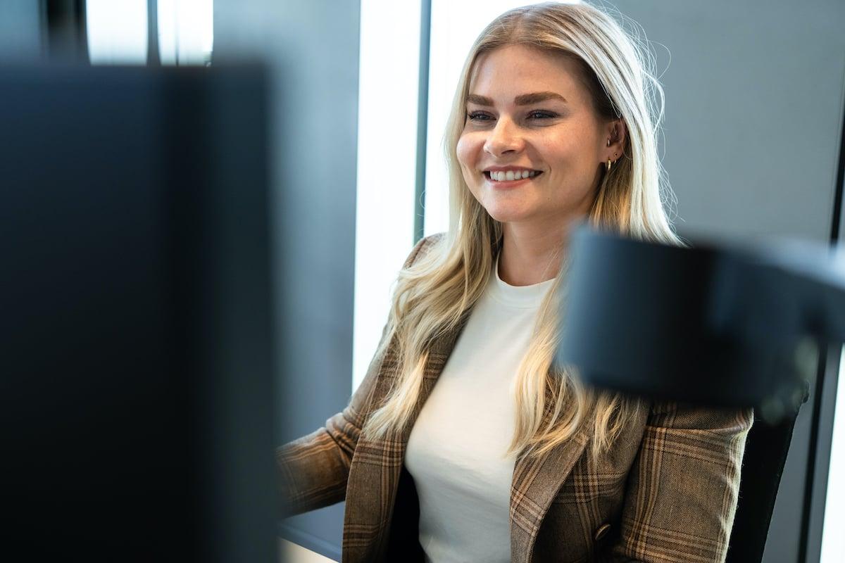 Susanne in. the office