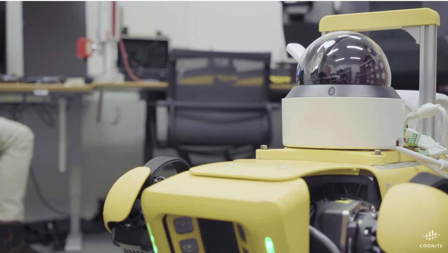 ボストンダイナミクスの最新AIロボットが産業現場で活躍中